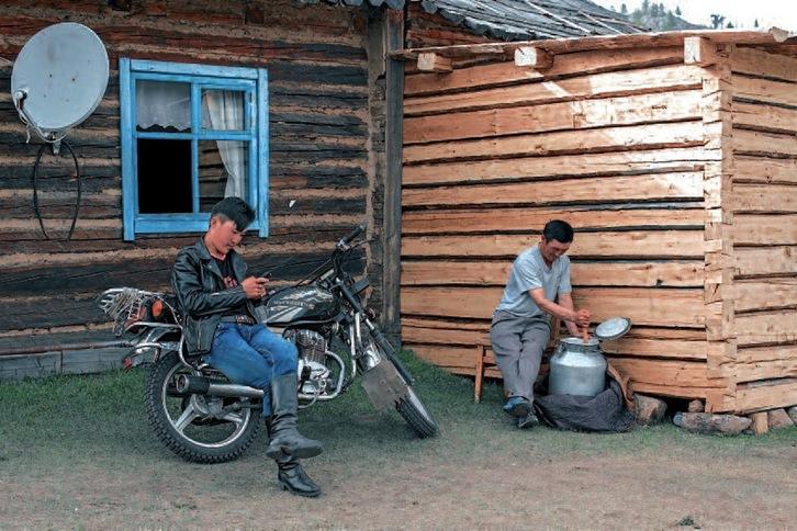 Mongolia: Votaciones, capitales extranjeros, minería del oro... salarios inferiores a 200 €. Nomada10