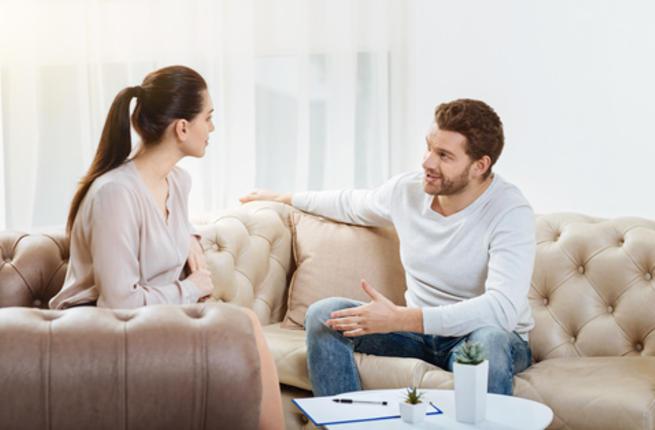 10 قرارات لا ينبغي لك أن تتخذيها دون استشارة زوجك Couple20