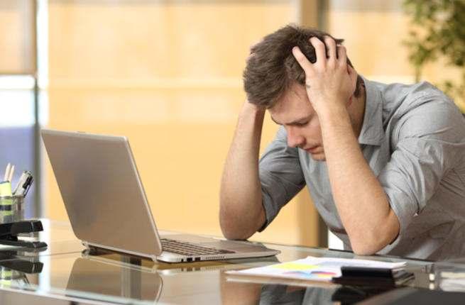 عزيزي الرجل : هل الرجال يمرون بأعراض ما قبل الحيض أيضًا؟! Man_st11