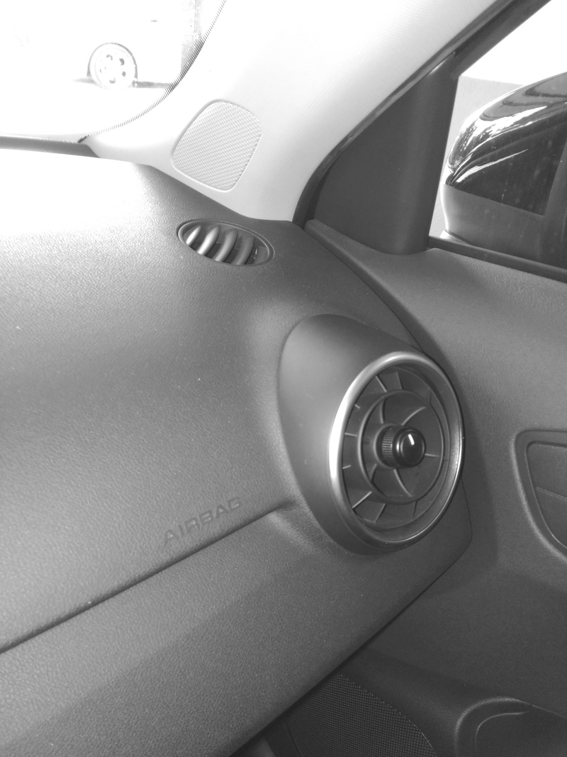 Audi A1 Adrenalin 1.6 TDI 105 cv Img_2022