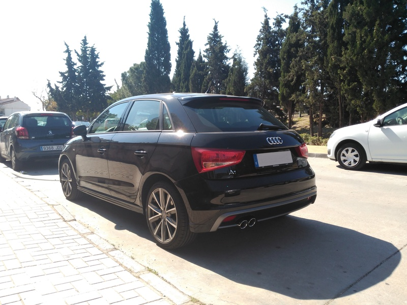 Audi A1 Adrenalin 1.6 TDI 105 cv Img_2040