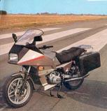 Top 10 des motos inspirées par l'auto 19810910