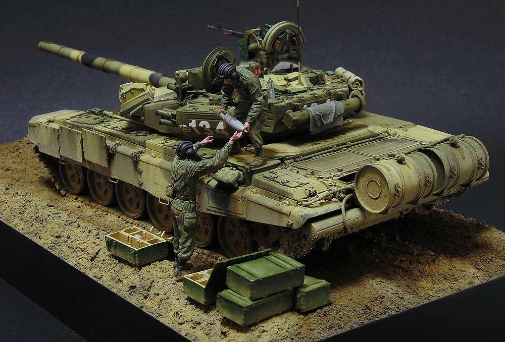 Загрузка Т - 90А  00215