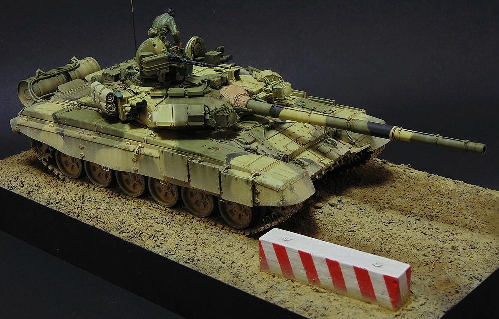 Загрузка Т - 90А  01710