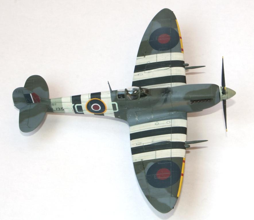 Spitfire Mk.IXc 1/72 Eduard Img_5513