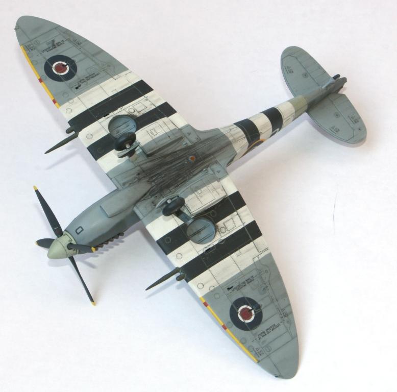 Spitfire Mk.IXc 1/72 Eduard Img_5516