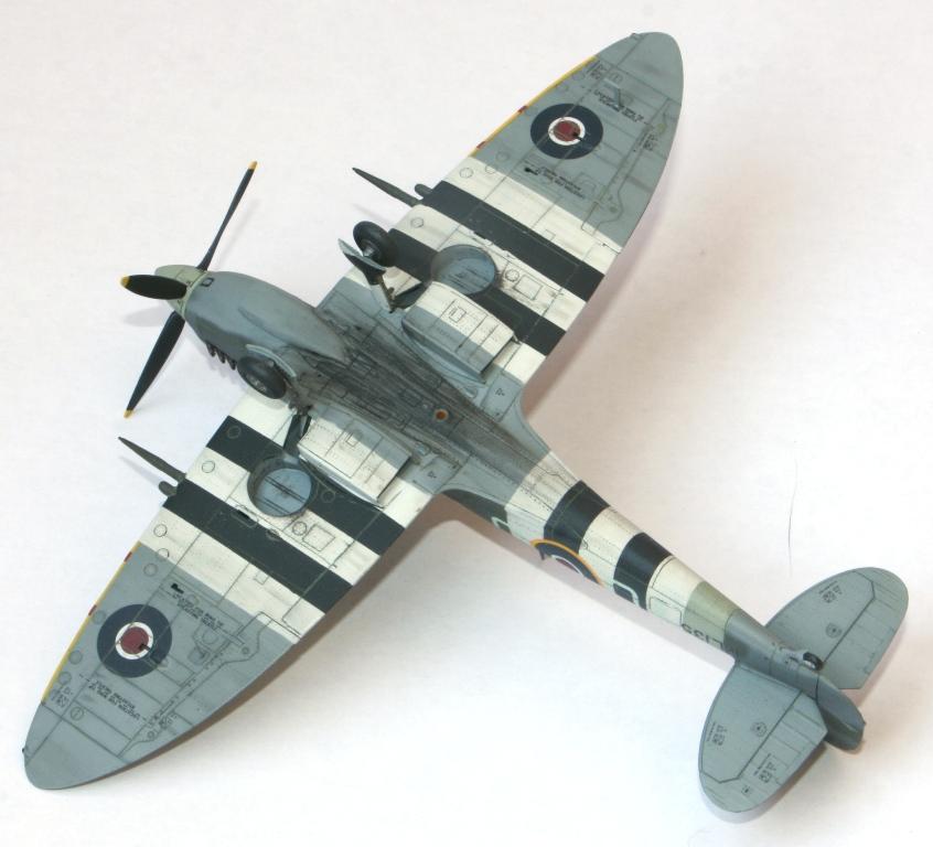 Spitfire Mk.IXc 1/72 Eduard Img_5517
