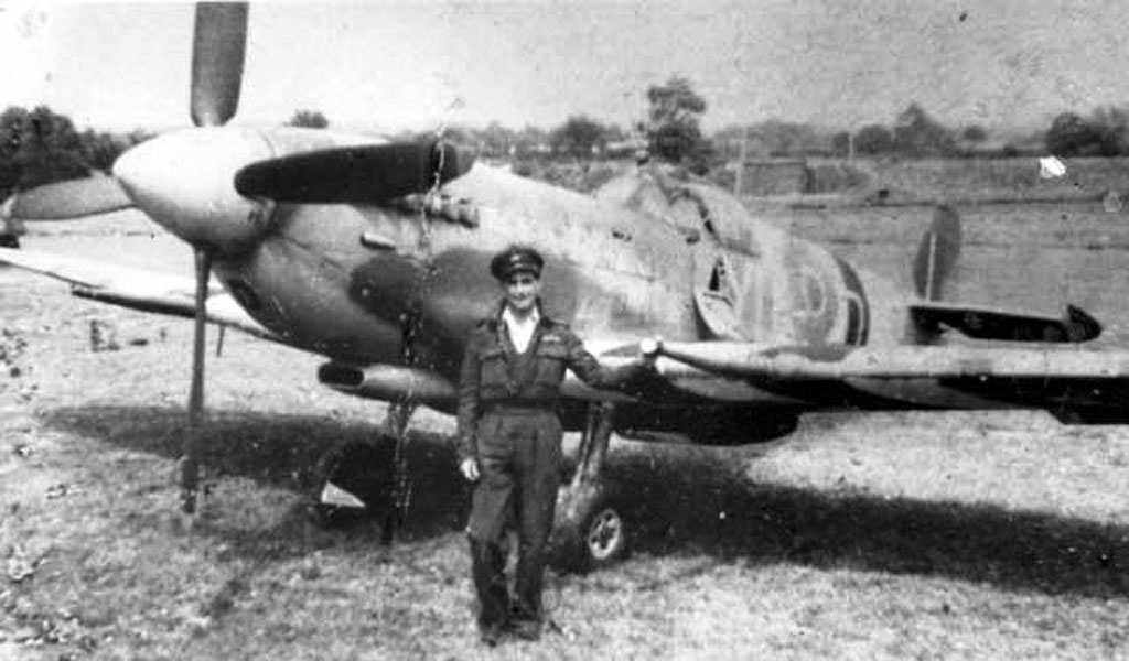 Spitfire Mk.IXc 1/72 Eduard Spitfi10