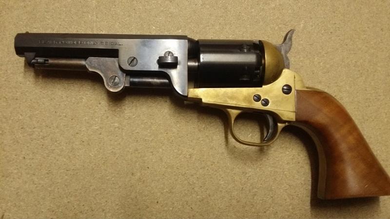 choisir un revolver à poudre noire pour un débutant par Vieux Machin 20170612
