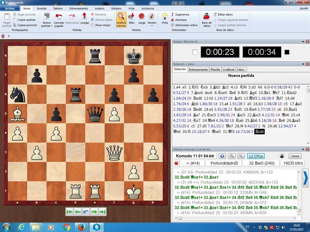 Komodo 11.01, Pez Asmático, Houdini, Stockfish y pantallazos varios El_kom11