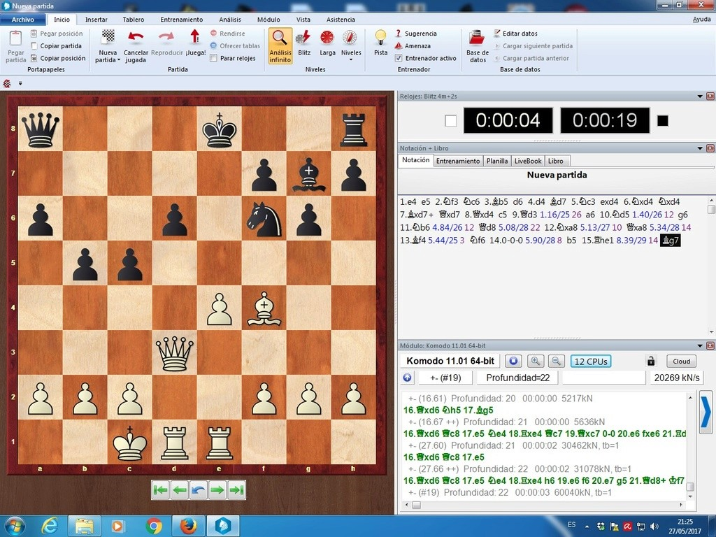 Komodo 11.01, Pez Asmático, Houdini, Stockfish y pantallazos varios Komodo15