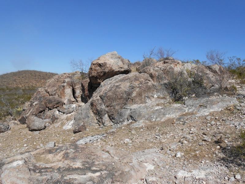 Monumento Omega (simbolos españoles) Cueva-10