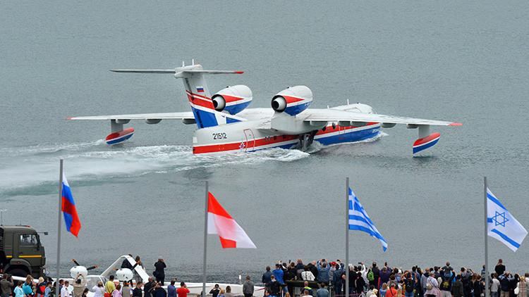 Argentina quiere comprar tres aviones anfibios rusos Beriev Be-200  Beriev10