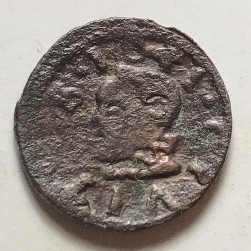 dinero de Solsona de fecha 1641 de Luis XIII Img_4116