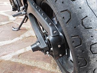 Corrección protector de cadena Yamaha XSR700 Protec10