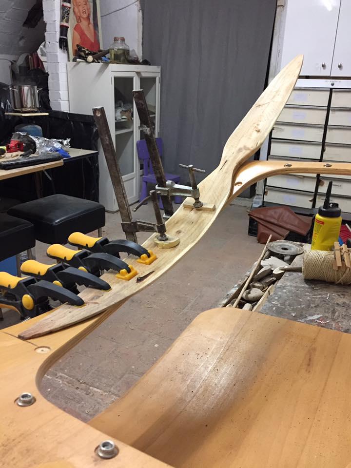 Paddel bow  17098512