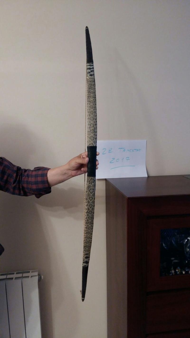Arco de acacia con tendón y piel de serpiente Whatsa17