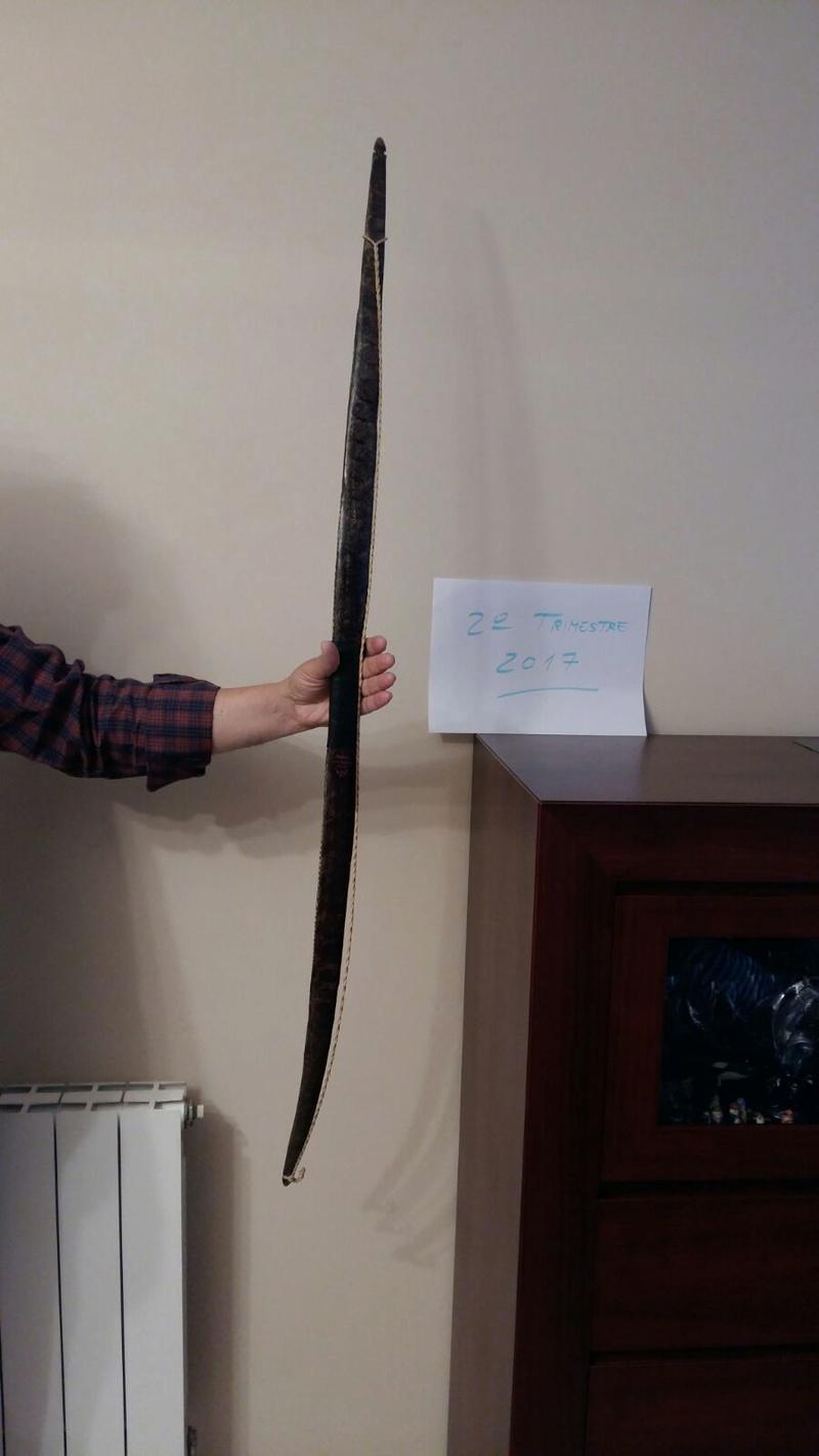 Arco de acacia con tendón y piel de serpiente Whatsa21