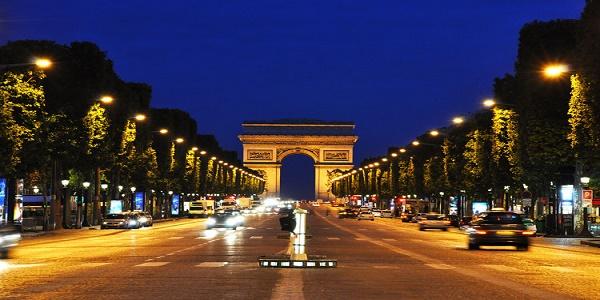 Avenue des Champs-Élysées Champs10