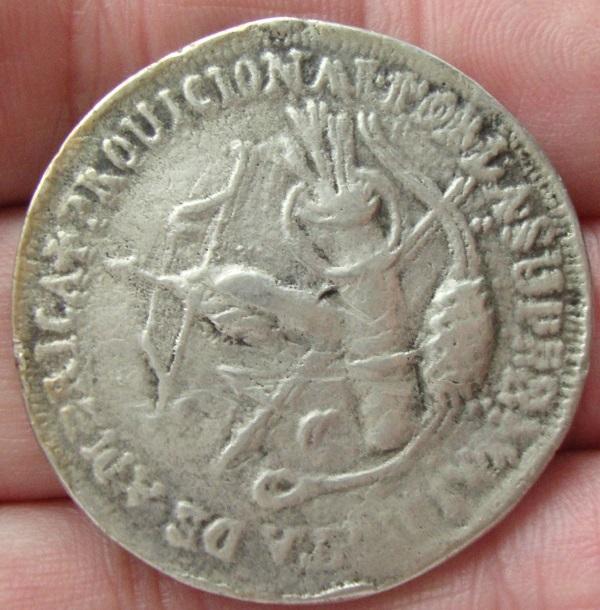 8 reales 1811. Tlalpujahua. Variante de estilo (plata fundida) Dsc04516