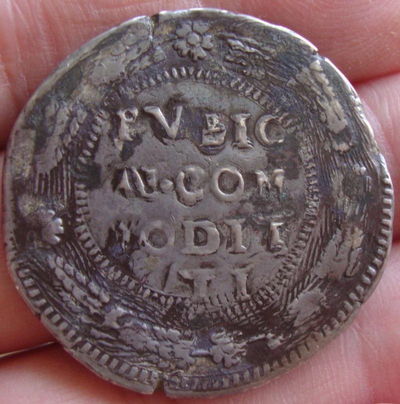 escudo ó 10 taris  messina CG felipe II 1565 sobre 1555 Dsc04626