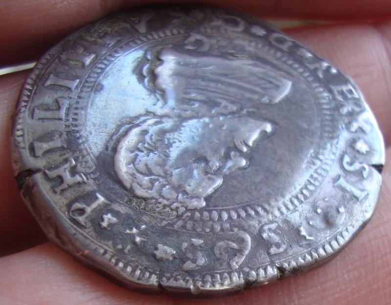 escudo ó 10 taris  messina CG felipe II 1565 sobre 1555 Dsc04628