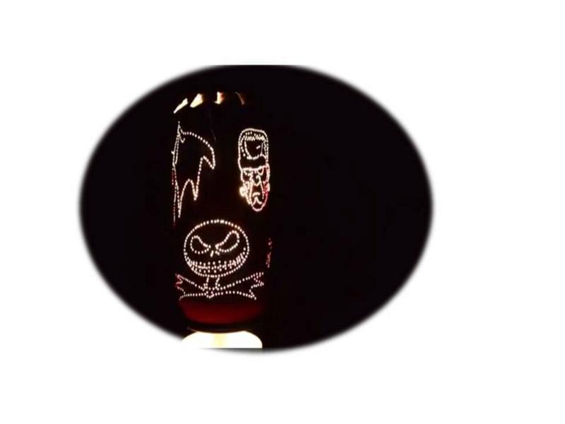 Lámpara giratoria con latas de bebida Diapos13