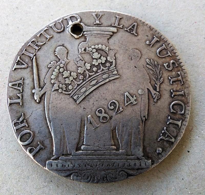 8 reales resellados 1824. Fernando VII. Lima  Img_2083