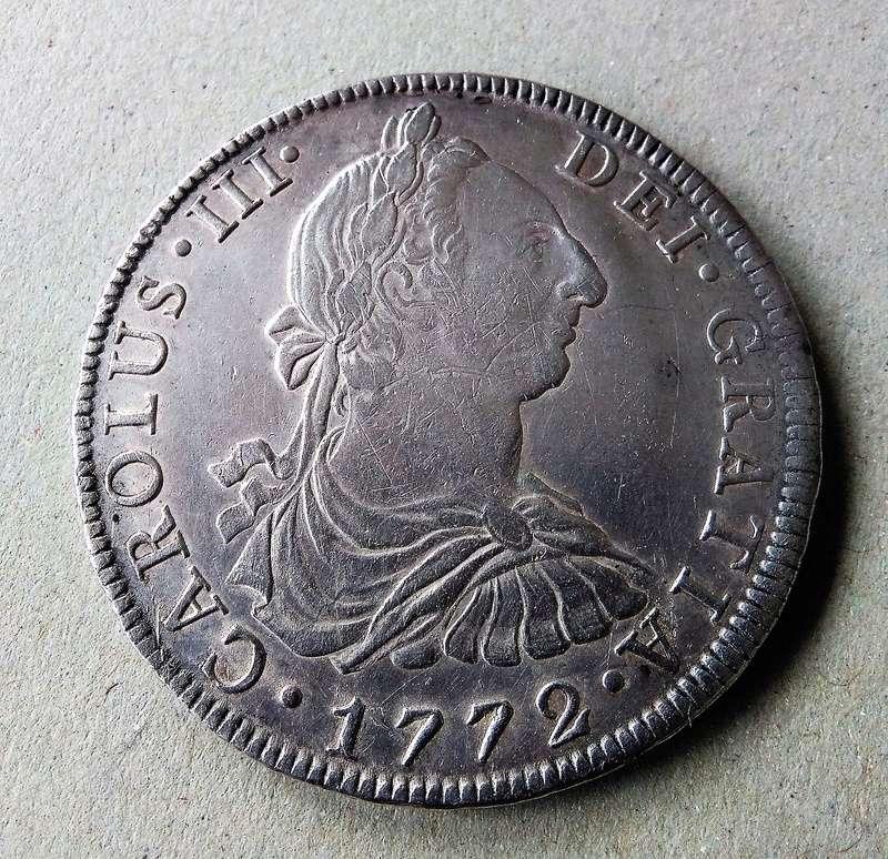 8 reales  Carlos III, ceca de México, 1772. Img_2102