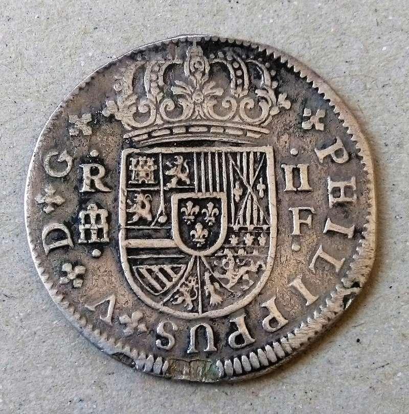 2 reales de Felipe V - Segovia: VARIANTES Img_2267