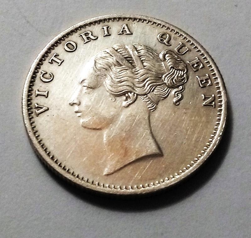 1/2 rupia, India, 1840 - Reina Victoria - Compañía de las Indias Orientales Img_2373