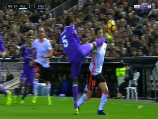 Valencia - Real Madrid - Página 2 Varane10