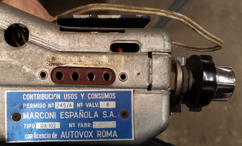 Connexions Autovox RA102 ? 17021910