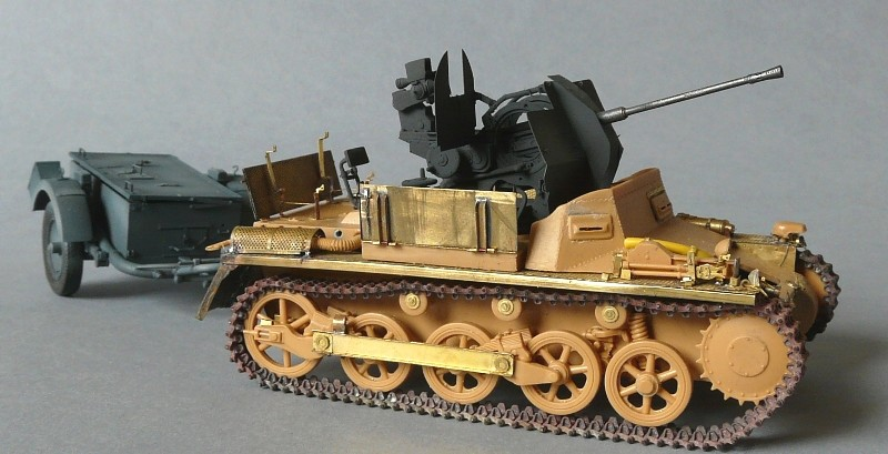 German Sd. Kfz. 101 Flakpanzer I A w/. Ammo Trailer - Страница 2 P1070624