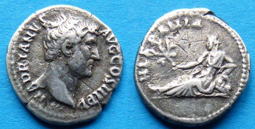 Denario de Adriano. HISPANIA. Hispania recostada a izq. Ceca Roma. _5711