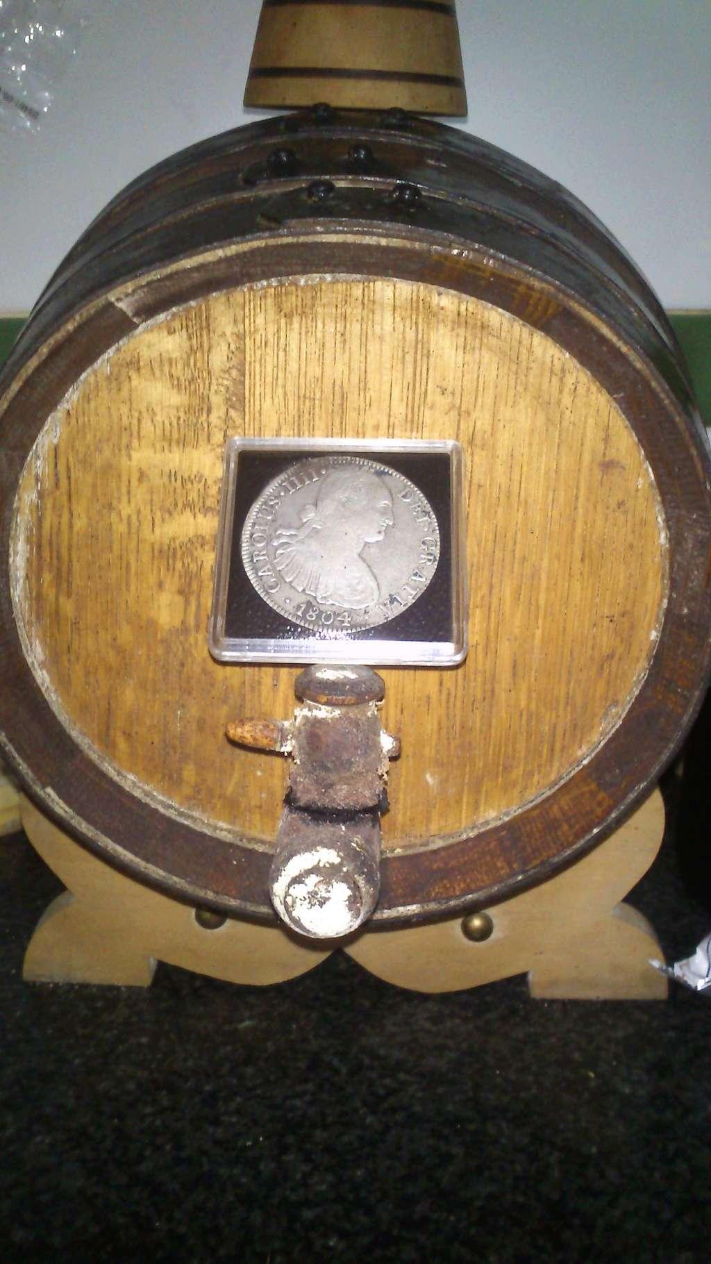 Un vino para numismáticos Dsc_0017