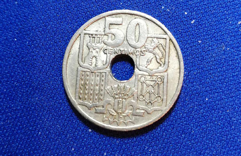 50 centimos 1949. Estado Español. Flechas invertidas E8f1e410