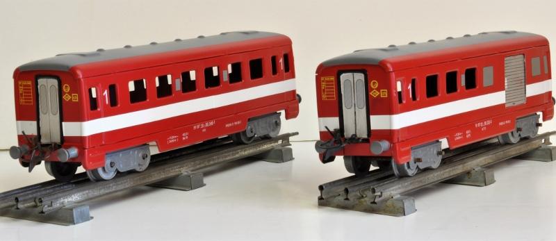 2 voitures ´Le Capitole´sur base Hornby Dsc_0021