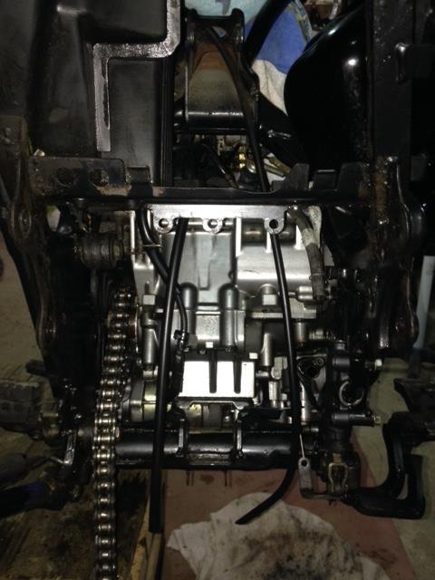 Transformation Super Ténéré 94 en Réplica SONAUTO Moteur13