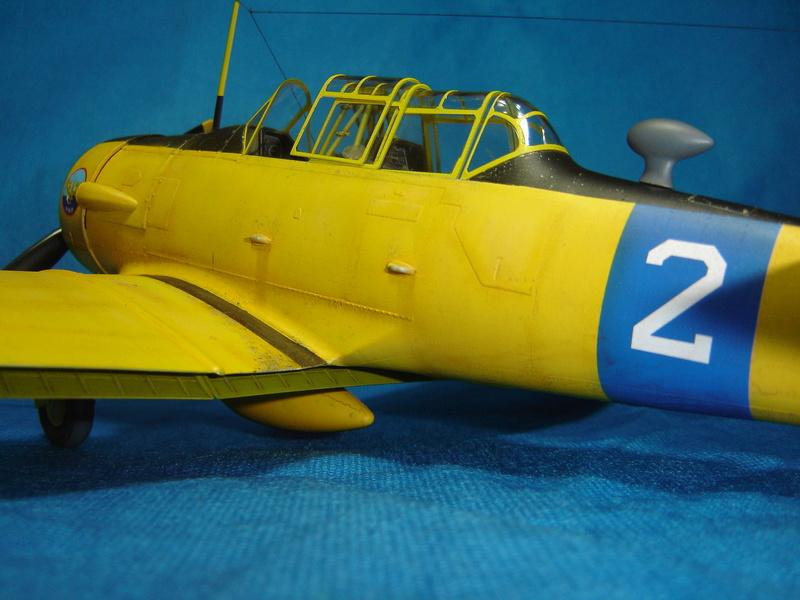 T-6 Texan - KittyHawk 1/32 Sm_t6t30