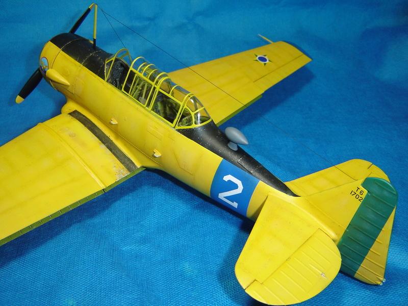 T-6 Texan - KittyHawk 1/32 Sm_t6t33