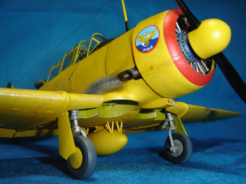 T-6 Texan - KittyHawk 1/32 Sm_t6t34