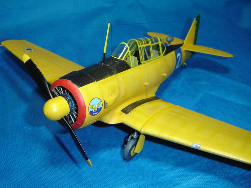 T-6 Texan - KittyHawk 1/32 Sm_t6t35