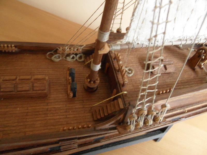 Ma première maquette en bois Golden Star 1/150  Sam_3530