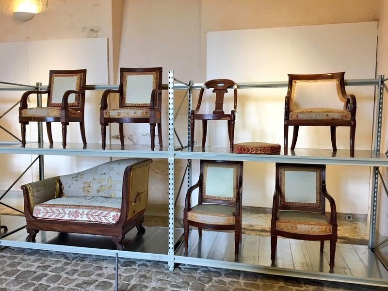 Le mobilier du château de Saint-Ouen s'expose à Maisons C7rbmh10