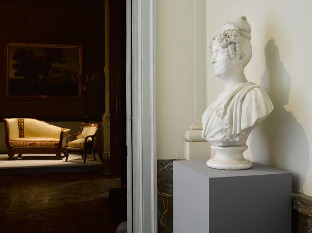 Le mobilier du château de Saint-Ouen s'expose à Maisons St_oue10