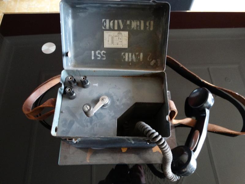 Téléphone 2ème brigade Dsc05810