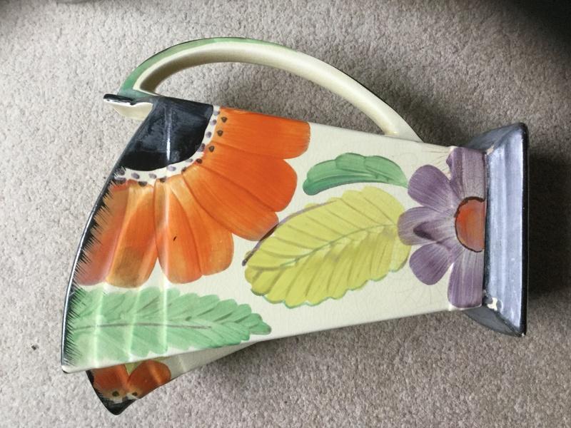 Help identifying Unmarked Art Deco style jug Img_4812