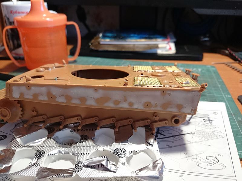 Pz.Kpfw. VI Tiger Ausf. H Img_2015