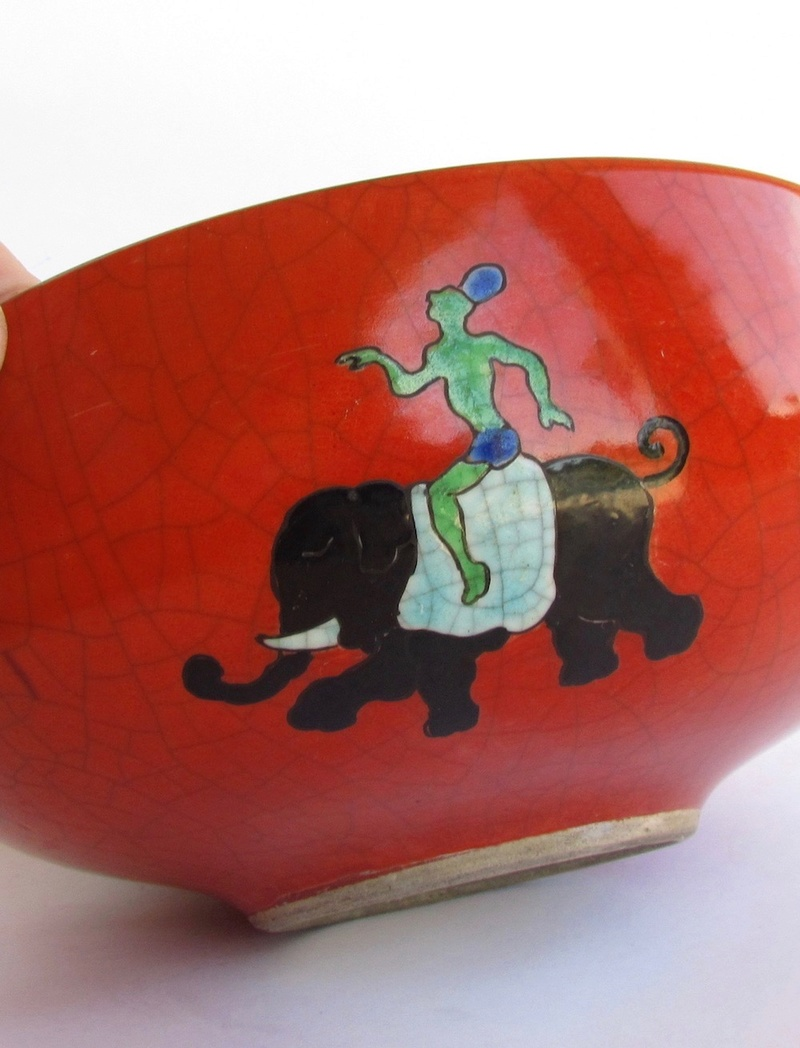 Red/orange crackle glaze bowl with enamel elephants Img_0811